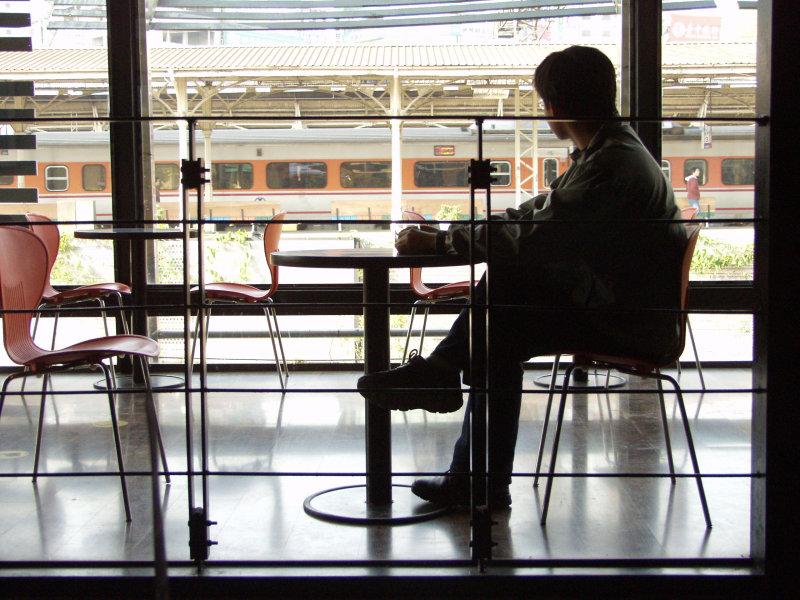台中旅遊景點20號倉庫咖啡廳