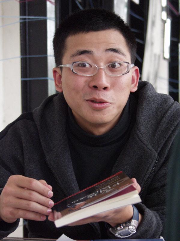 帥哥大頭照20號倉庫咖啡廳的人物攝影作品