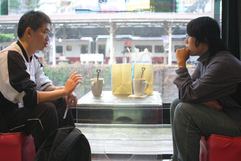 台中火車站配咖啡