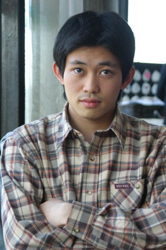 帥哥型男20號倉庫咖啡廳
